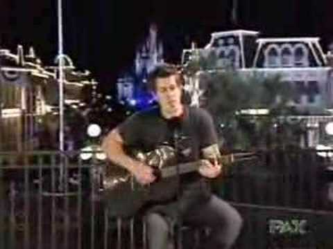 Read more about the article Jeremy Camp – Walk By Faith (Acoustic)