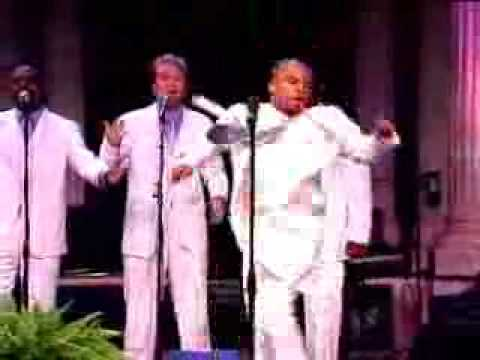 Read more about the article Kirk Franklin – Hosanna