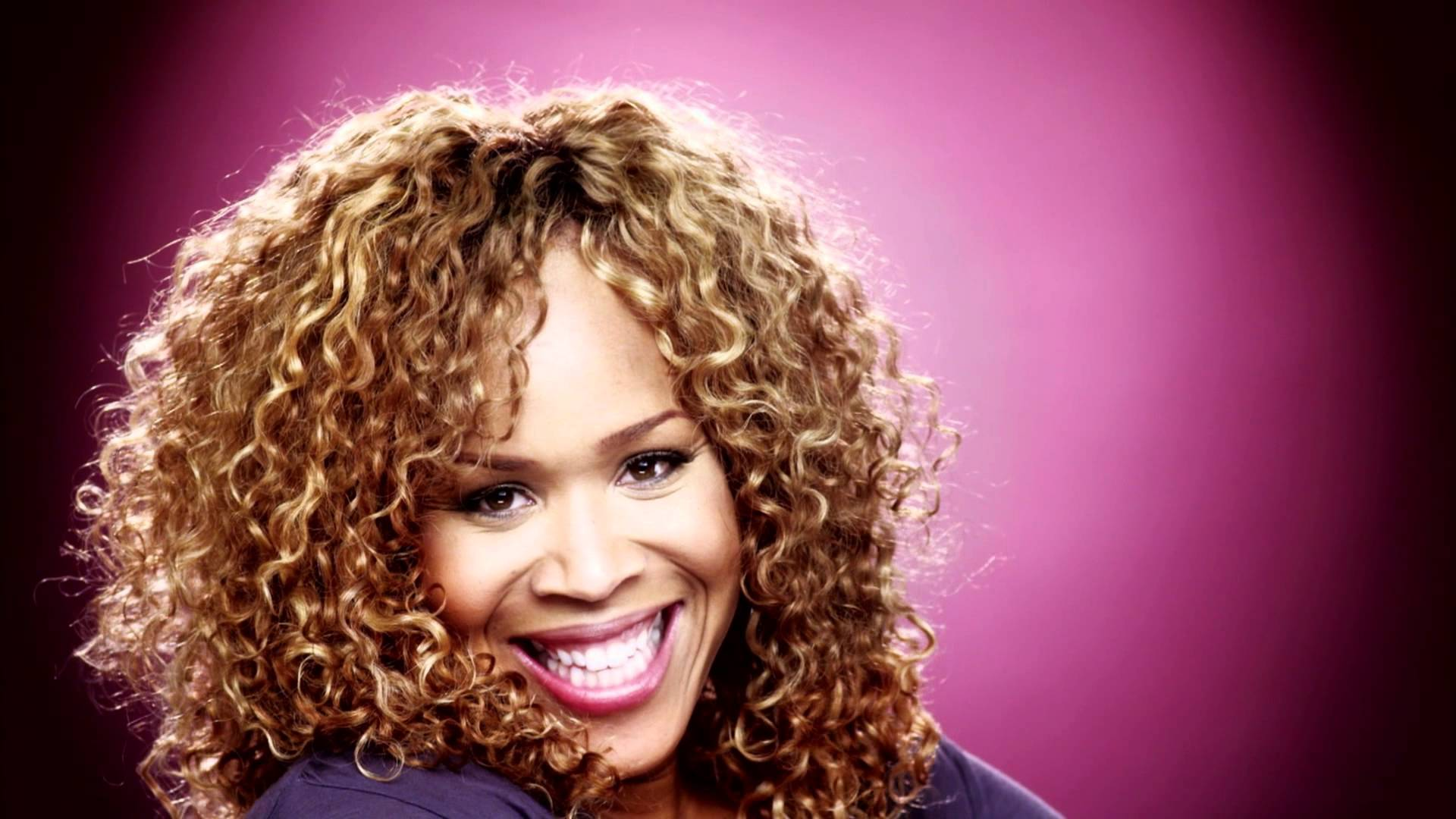 Read more about the article Kirk Franklin – I Smile