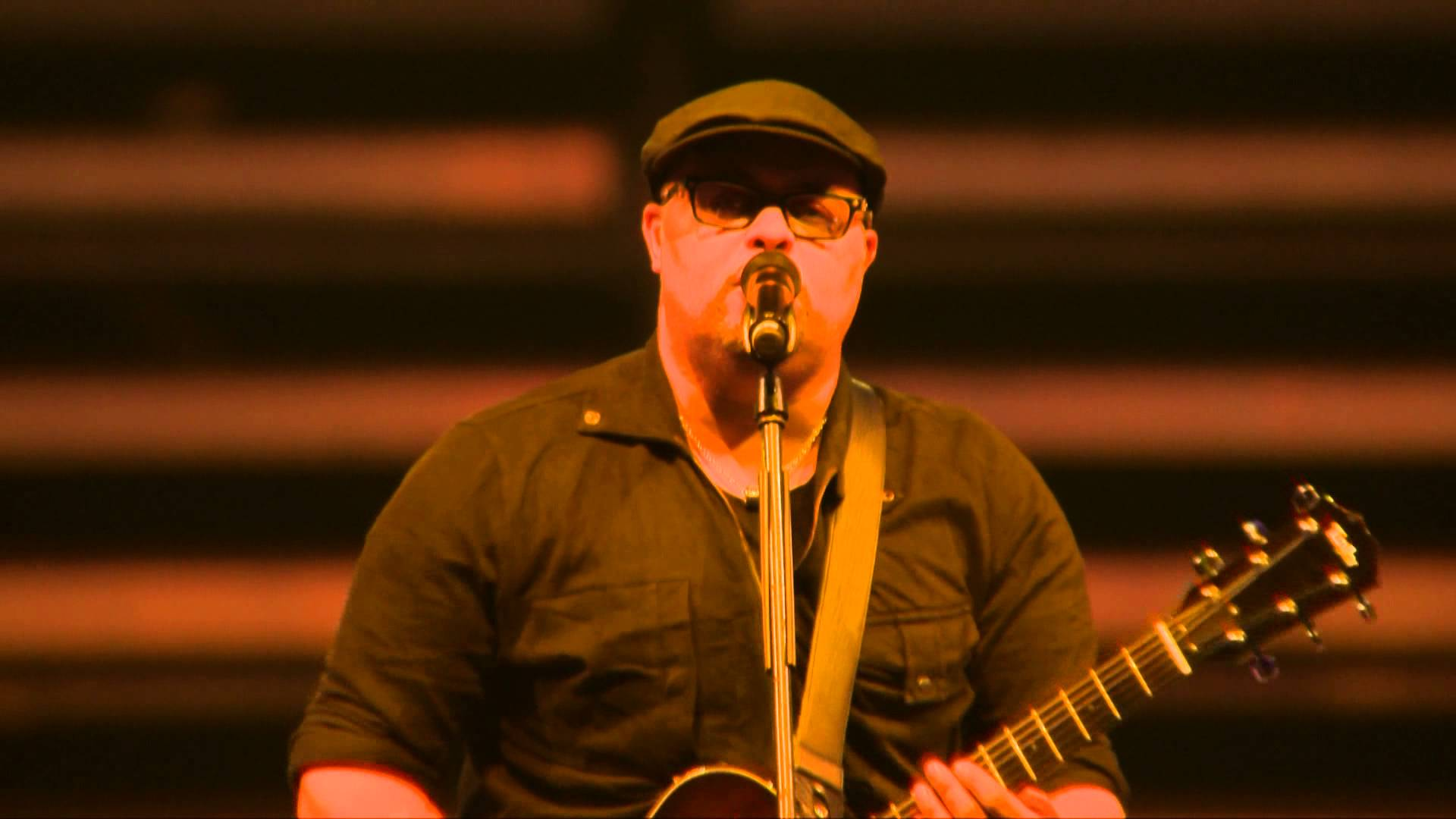 Read more about the article Israel Houghton & New breed – Jesus the same