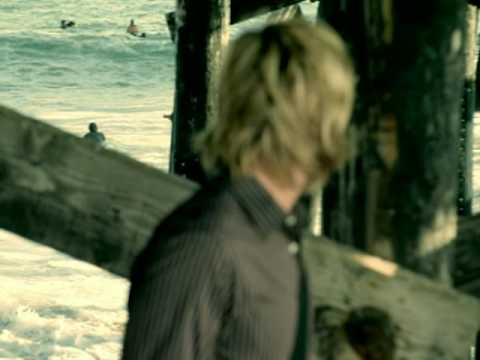 Read more about the article Switchfoot – Dare You To Move
