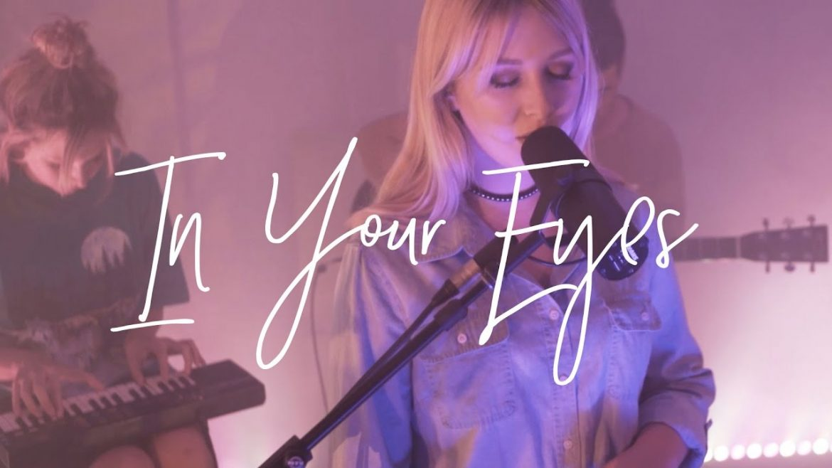 Read more about the article In Your Eyes (Acoustic) – Hillsong Young & Free
