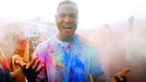 Read more about the article Aaron Cole – Right On Time (feat. TobyMac) [Official Music Video]